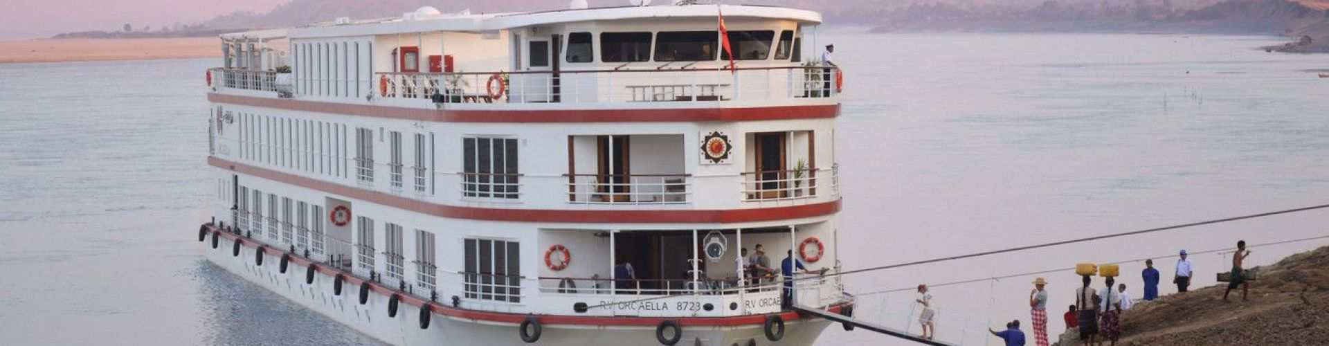 Luxury Irrawaddy River Cruise